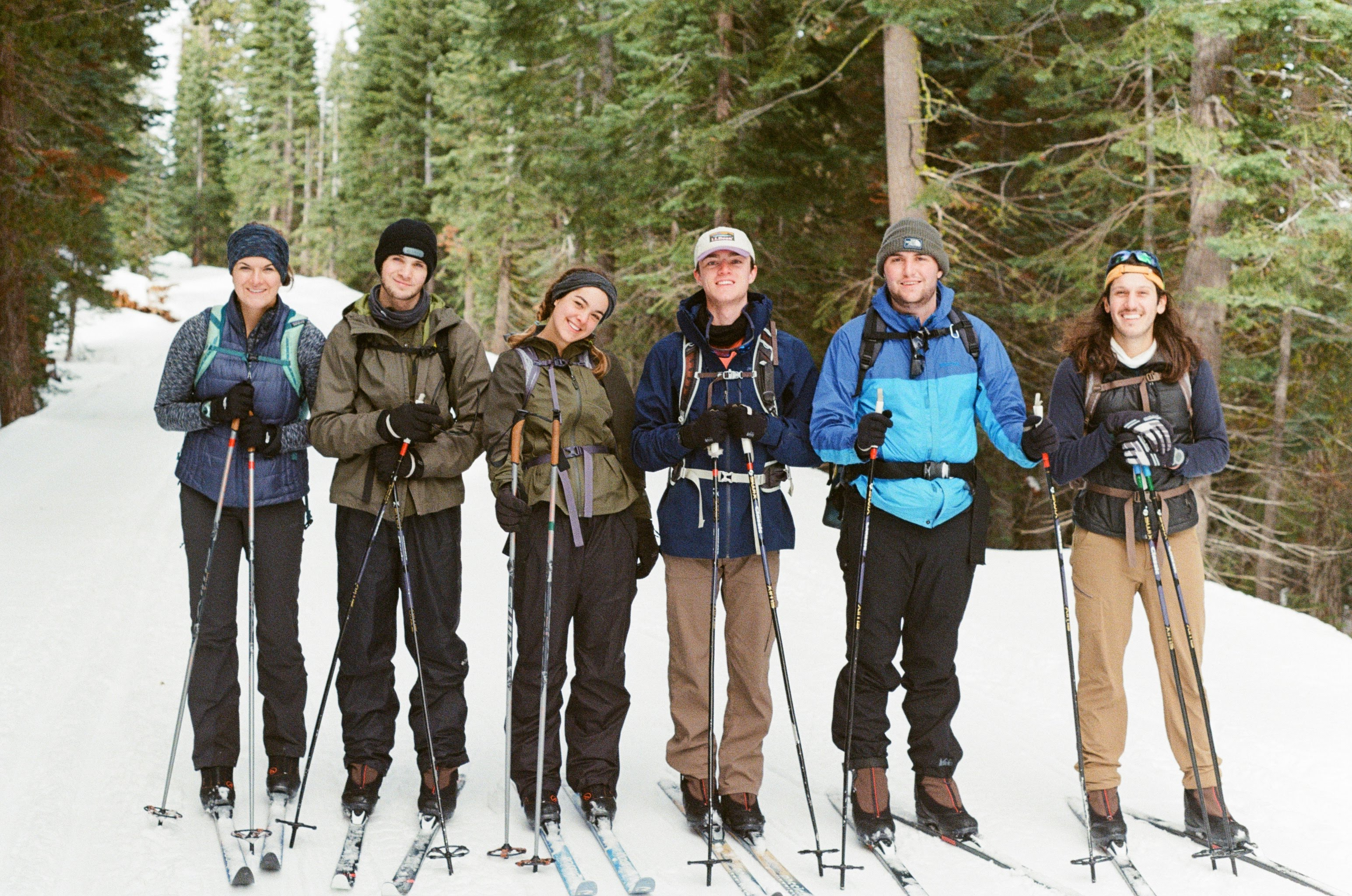 Students skiing on badger pass in Yosemite National Park